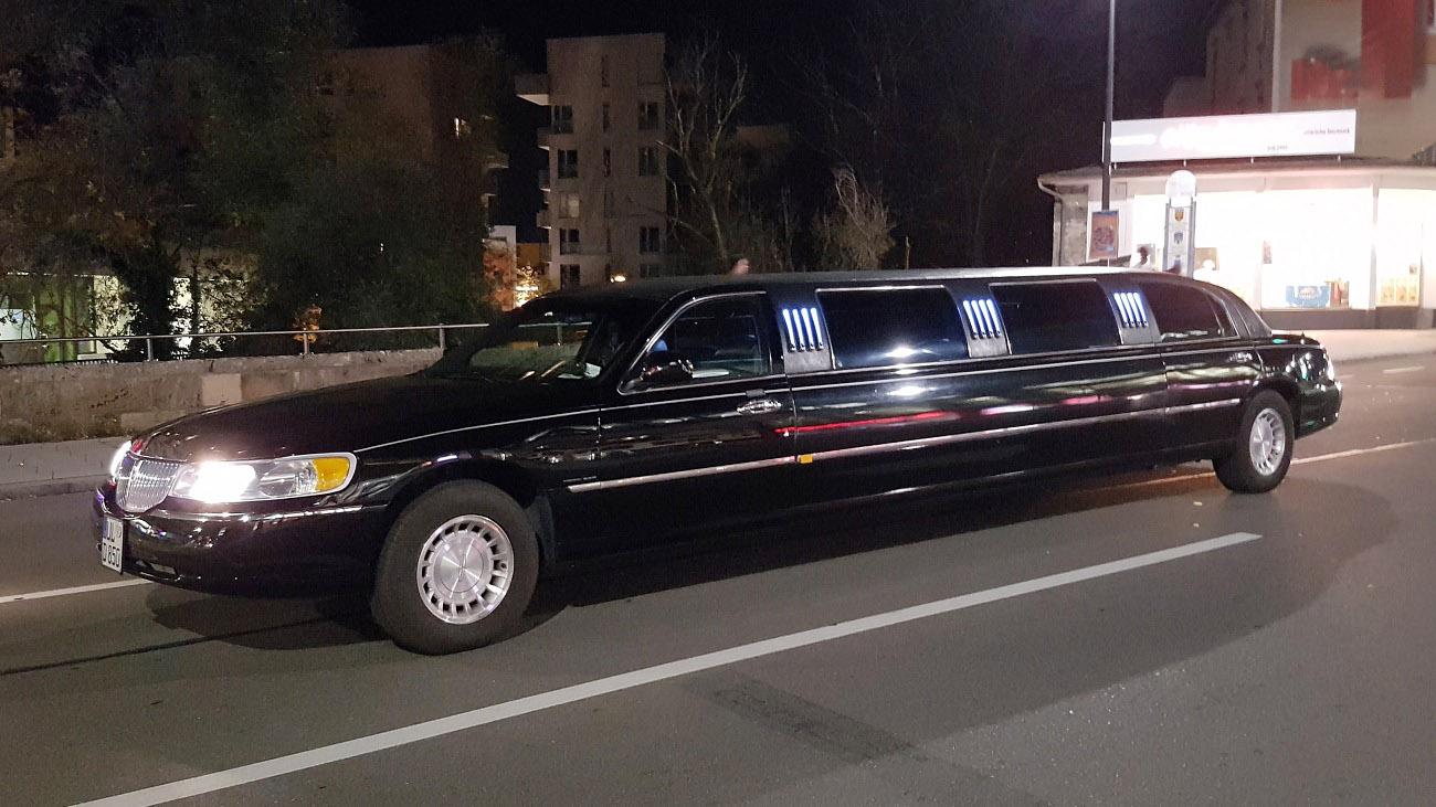 Lincoln schwarz 2